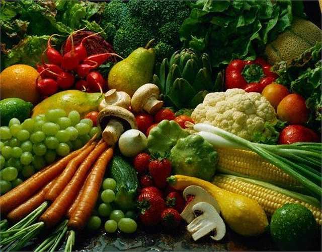 4. Sử dụng những loại thức ăn 'kỵ' nhau: Theo nghiên cứu, một số loại thực phẩm khi nấu chung, hoặc đưa vào cơ thể cùng lúc có thể gây tình trạng khó tiêu hóa, ngộ độc hoặc nhiễm độc lâu dài.