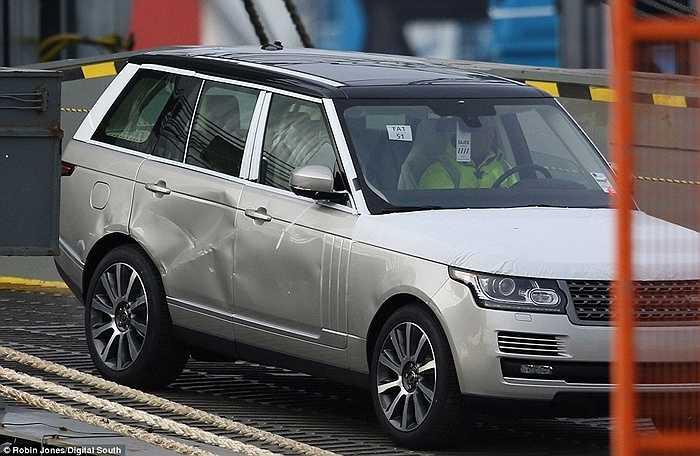 Những chiếc xe này đều được đưa về lại nhà máy để sửa chữa khắc phục phần ngoại thất. Nhà sản xuất chưa ước tính được chi phí khắc phục toàn bộ thiệt hại sau sự cố này, nhưng con số cũng phải lên tới nhiều triệu bảng Anh.