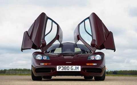 Mr Bean thách giá cao chiếc siêu xe 2 lần gặp nạn