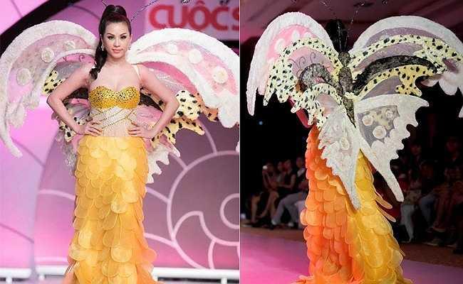 Hoa hậu Thu Hoài từng làm vedette một show thời trang với nguyên một chú bướm đủ loại hoa văn sau lưng.
