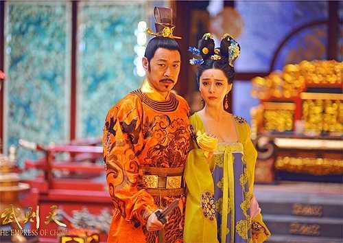 Bản thân Phạm Băng Băng khi thực hiện bộ phim luôn rất cầu toàn trong khâu chuẩn bị phục trang. Cô luôn tự mình kiểm tra lại trang phục trước mỗi cảnh quay.