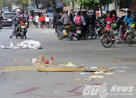 Thai phụ 7 tháng chết thảm: Kíp cấp cứu 'đến rồi đi' bị 'xử' thế nào?