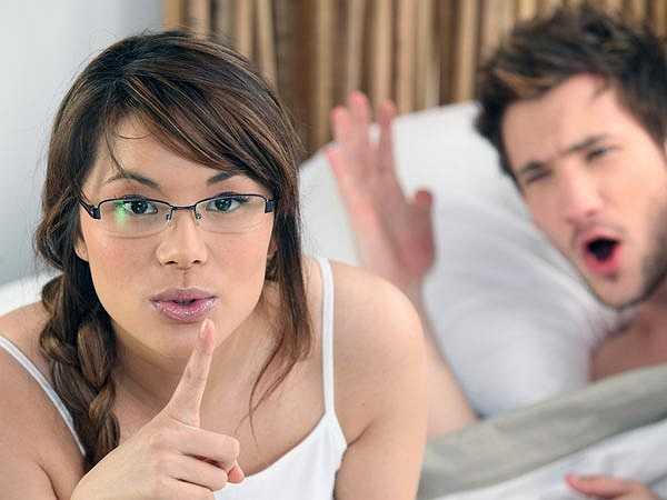 Tăng cường Libido: Libido bắt nguồn từ những ham muốn về chuyện 'yêu', thể hiện ở cảm giác, cảm xúc và tình cảm dành cho người khác giới. Những người gặp khó khăn trong chuyện 'chăn gối' nên cố gắng thay đổi một vài tư thế khi 'yêu' để tạo cảm giác mới lạ. Người ta nói rằng bạn càng 'yêu' nhiều lần thì bạn càng muốn tiếp tục làm chuyện ấy.