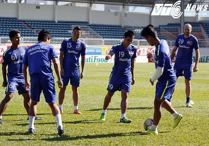 Tuy nhiên, theo thầy Giôm, tất cả các cầu thủ trẻ HAGL đều xứng đáng được lên đội U23 Việt Nam.
