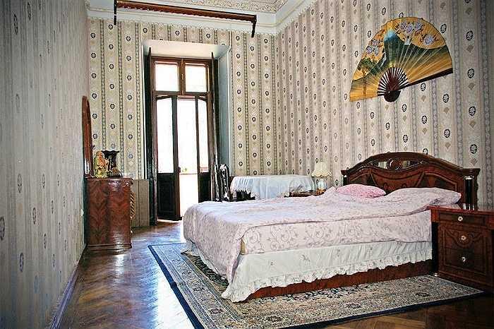Giá ở khu vực chung là 7 bảng Anh (gần 230.000 đồng)/người/tầng giường. Giá cho một phòng riêng là 11 bảng Anh (tức hơn 350.000 đồng).