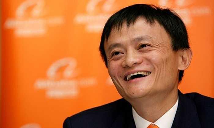 Một trong những sự thật gây sốc về người vừa bị soán ngôi vị giàu nhất Trung Quốc này là Jack Ma từng bị trường đại học danh tiếng của Mỹ Havard từ chối tới 10 lần. Ngoài ra, tỷ phú này còn thi trượt đại học hai lần, đến lần thứ 3 mới đỗ vào khoa tiếng Anh trường Học viện Sư phạm Hàng Châu (nay là Đại học Hàng Châu). Ông cũng bị từ chối tới 30 lần trong quá trình tìm việc làm, trong đó có lần xin vào làm ở cửa hàng KFC.