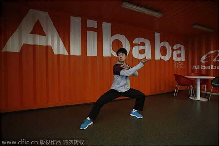Là người say mê Thái cực quyền, Jack Ma vận dụng võ thuật Trung Quốc trong cả chiến lược kinh doanh và văn hóa doanh nghiệp.