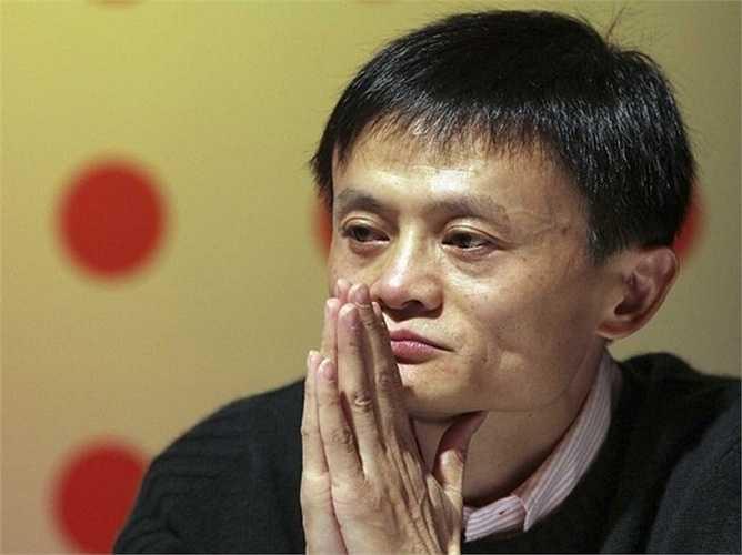Jack Ma cho biết ông rất lo lắng về việc những người trẻ đánh mất hy vọng và ông gợi ý một cách để giúp đỡ họ, đó là phim ảnh. Ông tiết lộ rằng nội dung của bộ phim Forest Gump đã truyền cảm hứng cho ông. 'Phim là sản phẩm tốt nhất mà có thể giúp đỡ giới trẻ Trung Quốc', ông Ma cho biết.
