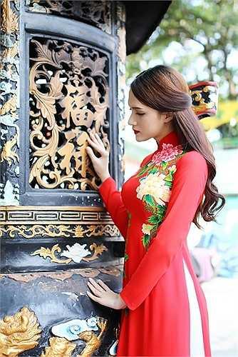 Trước đây, dù đã bận rộn với các hoạt động âm nhạc nhưng từ khi tham gia cuộc thi, Hương Giang đã phải chạy đua hơn rất nhiều với lịch trình kín mít, ngay cả lúc nghỉ ngơi.