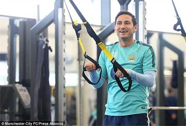 Tại vòng 23 Premier League, Frank Lampard sẽ cùng Man City hành quân đến Stamford Bridge để tiếp tục đối đầu với Chelsea.