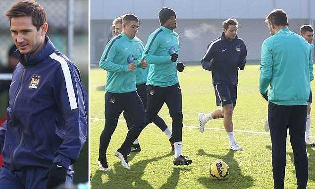 Lampard đang chuẩn bị rất tích cực cho trận đấu. Nó phản ánh đúng tinh thần chuyên nghiệp của cầu thủ này.
