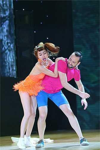 Trên thực tế, trên sân khấu chương trình Bước nhảy hoàn vũ đã có nhiều sự cố đáng tiếc.