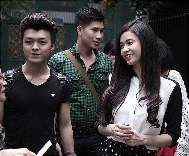 Sau những ồn ào xung quanh chuyện tình cảm giữa nữ diễn viên và chồng là ca sỹ Tim, Trương Quỳnh Anh đã dần ổn định, tự tin lộ diện trước giới truyền thông và công chúng.