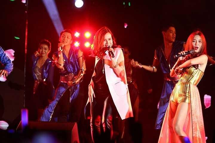 Lưu Hương Giang xuất hiện trong một chương trình âm nhạc được tổ chức tại Tp.HCM