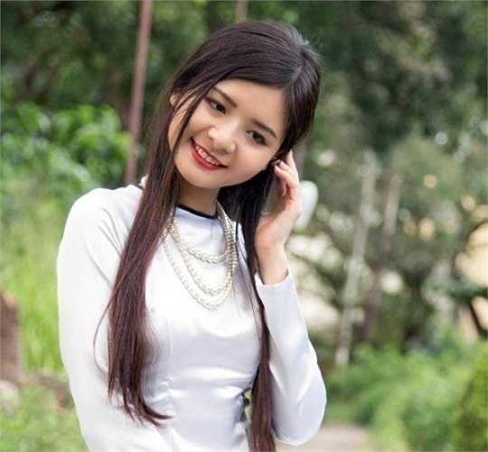 Bùi Thị Thanh Châu (1995), khoa Quản trị kinh doanh.