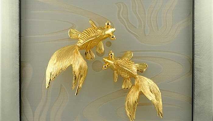 5,5 triệu đồng cho một bức tranh đôi cá mạ vàng - Ảnh: Karalux