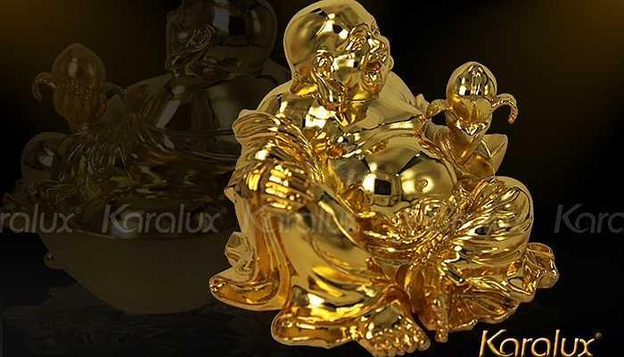 Với sự đồ sộ của Ông thần tài và sự chói sáng của lớp vàng được dát lên không chỉ tạo sự sang trọng, đẳng cấp. Mà nó còn mang nhiều điều may mắn trong công việc, làm ăn của người được biếu. Ảnh: Karalux