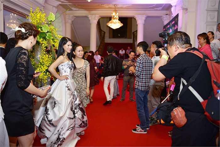 Nhân dịp gặp gỡ các đồng nghiệp và đông đảo khán giả, Ngọc Thanh Tâm bật mí cô vừa được mời là hình ảnh đại diện cho một thương hiệu chăm sóc tóc hàng đầu thế giới.