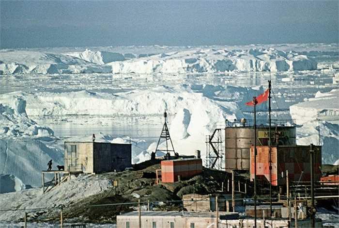 Trạm nghiên cứu của Liên Xô thành lập ở Nam Cực