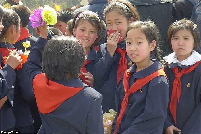 Các em học sinh Triều Tiên