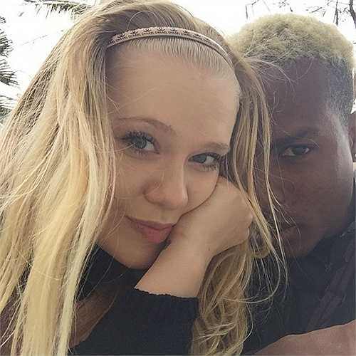 Ekaterina Jay và Stevens gặp nhau cách đây đã 5 năm khi Stevens còn đang chơi bóng tại Moscow trong màu áo Khimki .
