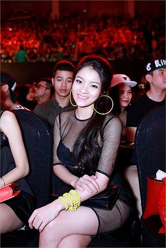 Thủy Top từng được mệnh danh là một trong những hot girl sở hữu vòng một khủng khiến nhiều người mơ ước