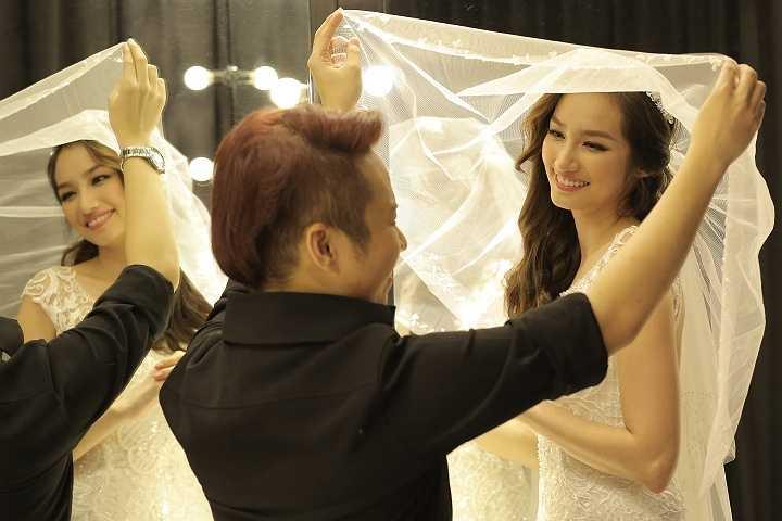 NTK rất vui vì tâm huyết của mình nhận được sự hài lòng từ cô dâu Trúc Diễm