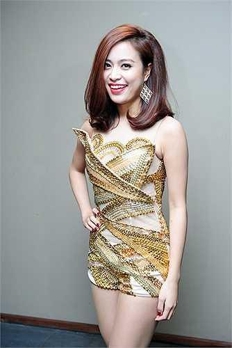 Nữ ca sĩ Hoàng Thuỳ Linh đã tái ngộ với khán giả bằng vũ đạo và giọng hát cực chất trong ca khúc hit Nhịp đập giấc mơ của nhạc sĩ Lưu Thiên Hương