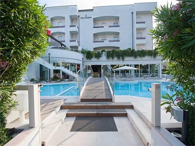 Khách sạn Belvedere thuộc Riccione, Italy. Giá phòng từ 351 USD/đêm