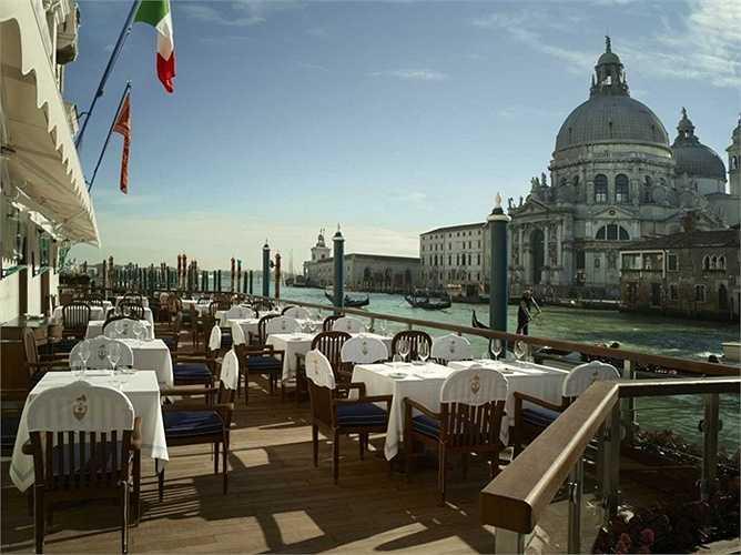 Khách sạn The Gritti Palace thuộc Venice, Ý. Giá phòng từ 911 USD/đêm