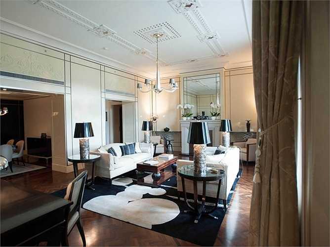Khách sạn Bốn Mùa thuộc Cung điện Gresham, Budapest, Hungary. Giá phòng từ 433 USD/đêm