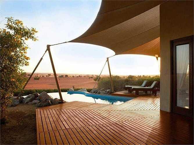 Khu nghỉ dưỡng sa mạc Al Maha, Murqquab, Tiểu Vương quốc Ả Rập thống nhất. Giá phòng từ 1,715 USD/ đêm