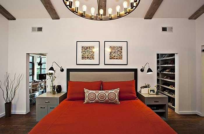 Để trang trí phòng ngủ ngày Vanlentine, đầu tiên, bạn hãy chọn một gam màu ấm như màu đỏ để tăng sự nổi bật cho căn phòng.