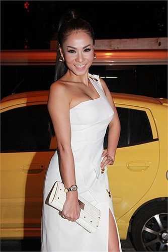 Thu Minh sở hữu bộ sưu tập váy hàng hiệu 'khủng' đáng giá cả gia tài.