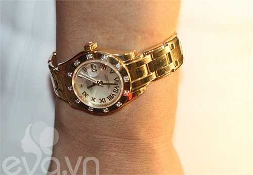Đồng hồ kim cương tiền tỷ