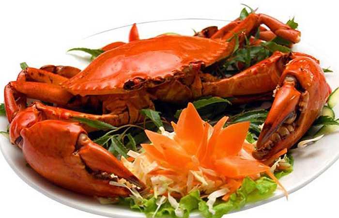 5. Cua biển: Cua biển luôn là món đặc sản cho mọi lứa tuổi, nhất là nam giới. Theo nghiên cứu, cua biển chữa chứng liệt dương, bồi bổ cơ thể. Các bà nội trợ nên tham khảo món ăn chế biến từ cua biển, chắc chắn sẽ khiến đức lang quân ưng ý. Cua biển có tác dụng thanh nhiệt, sinh huyết bổ xương, tủy, tăng cường sinh lực, chữa chứng liệt dương.