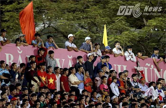 Cuối tuần này là cơ hội để thầy trò HLV Nguyễn Văn Sỹ ghi điểm trong mắt CĐV nhà khi sẽ có rất đông người hâm mộ tới sân. (Ảnh: Quang Minh)
