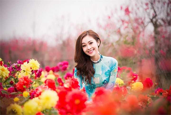 Trong thời gian tới, bộ phim truyền hình cô tham gia vai chính, đóng cùng diễn viên Ly Balan mang tên Viết tiếp bản tình ca