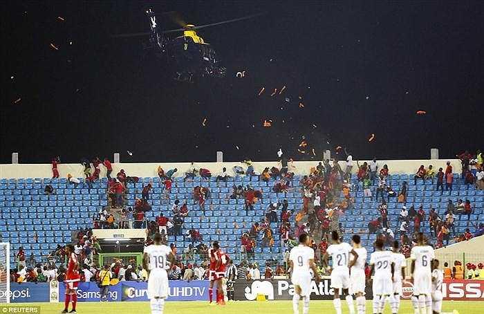 Rạng sáng nay, 6/2, Ghana đã xuất sắc đánh bại tuyển nước chủ nhà Guinea Xích đạo 3-0 ở trận bán kết thứ hai để giành vé vào tranh chung kết CAN 2015 với Bờ Biển Ngà.