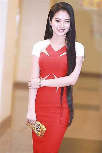 Có lẽ cũng chính vì nét đẹp đặc trưng Việt Nam này mà cô nhận được tin tưởng rất lớn từ các NTK.