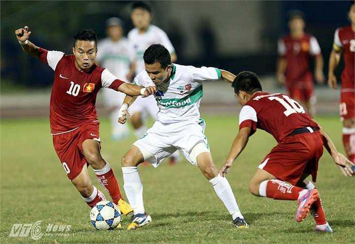 U19 HAGL vượt qua U21 Báo Thanh Niên ở trận bán kết. (Ảnh: Quang Minh)