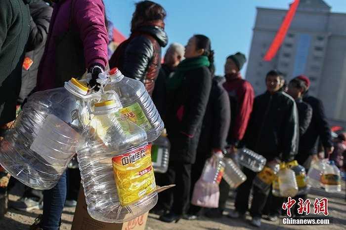 Nước tương là gia vị không thể thiếu trong nhiều món ăn dịp Tết của người Trung Quốc