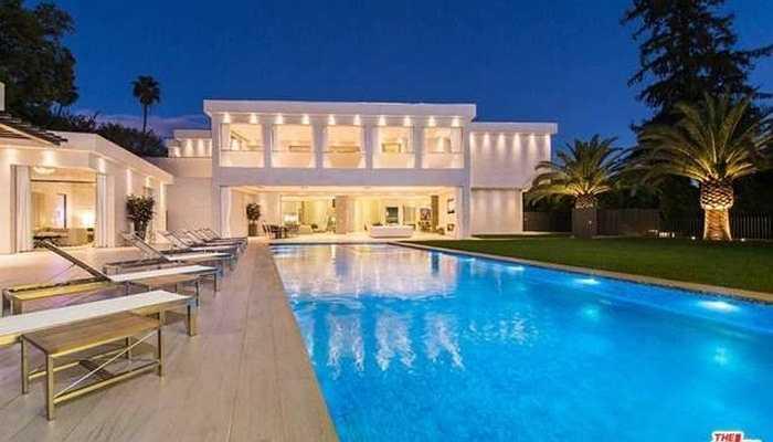 Cũng như căn hộ xa xỉ 35 triệu USD ở đồi Beverly, Mỹ