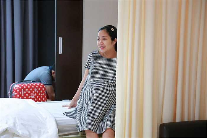 Ngày 8/2/2015, MC Ốc Thanh Vân đã được gia đình đưa vào bệnh viện từ 6h sáng để chuẩn bị cho ca đẻ.