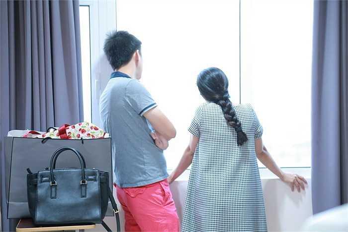 Nữ diễn viên được 'ông xã' Chí 'Rùa' đưa vào bệnh viện từ 6 giờ sáng.