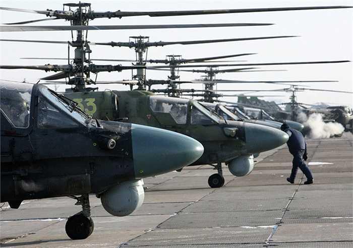 Ka-52 có khả năng chiến đấu cao và bền bỉ với hỏa lực mạnh