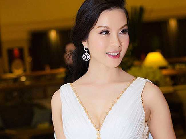 Ở độ tuổi 42, diễn viên kiêm MC Thanh Mai vẫn khiến nhiều người phải trầm trồ, xuýt xoa bởi vẻ ngoài trẻ đẹp như gái mười tám đôi mươi.