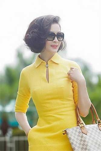 Năm 2004, Thanh Mai quay trở lại với nghệ thuật qua bộ phim 'Bẫy tình' và 'Tiếng dương cầm trong mưa'.