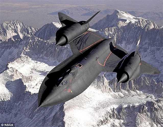 Một máy bay SR-71 bay thử nghiệm năm 1994