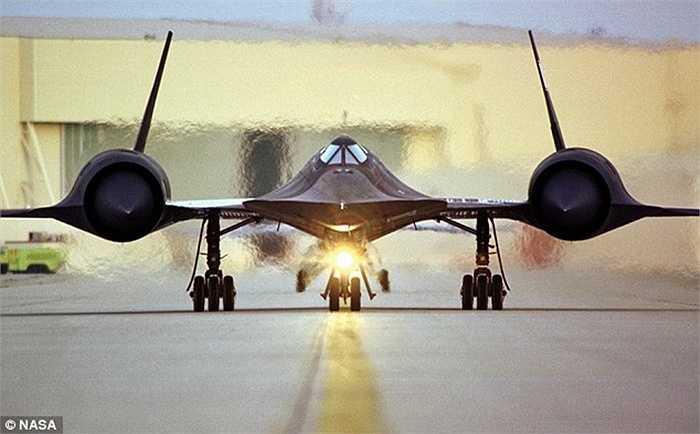 Lớp nhiệt sinh ra khi SR-71 di chuyển
